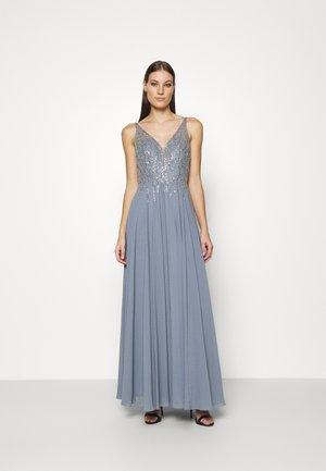 Společenské šaty - grey rich