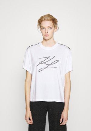 LOGO PIPING - Print T-shirt - white