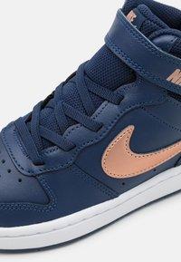 Nike Sportswear - COURT BOROUGH MID 2 UNISEX - Baskets montantes - midnight navy/metallic red bronze/white - 5