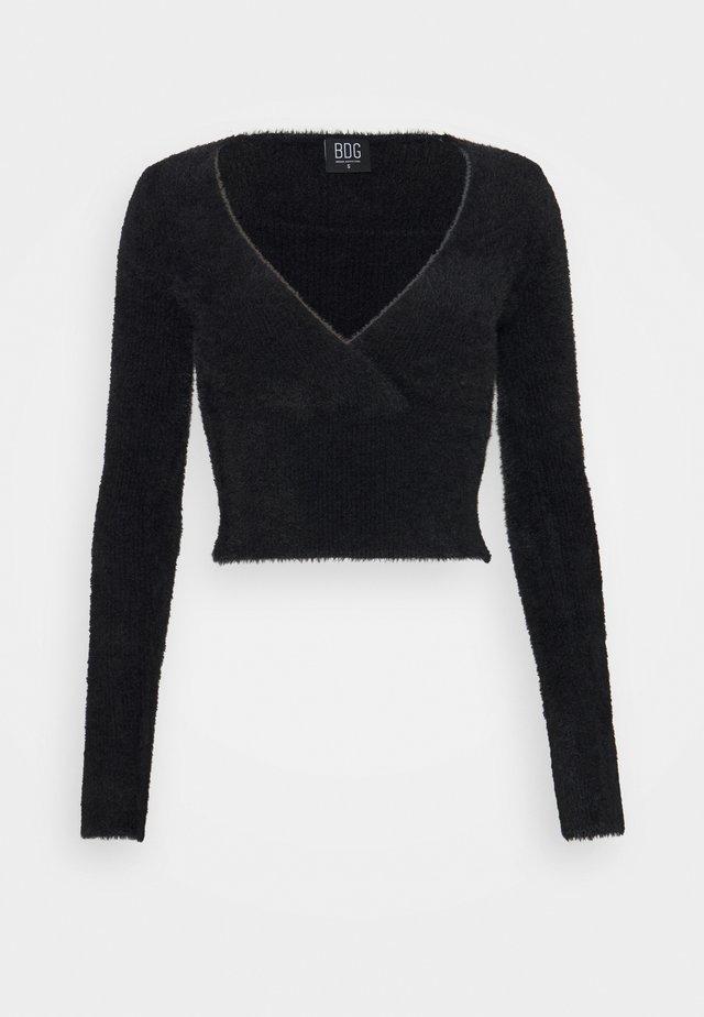 FLUFF BALET WRAP - Stickad tröja - black