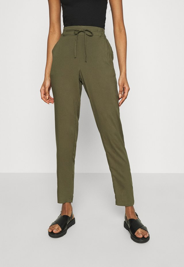 VMSIMPLY EASY PANTS - Pantalon classique - ivy green