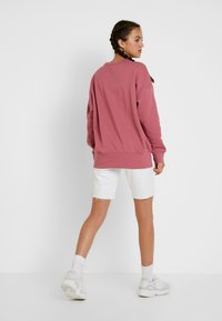 adidas Originals - Sweater - trace maroon - 2