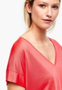 s.Oliver BLACK LABEL - Print T-shirt - popsicle pink - 4