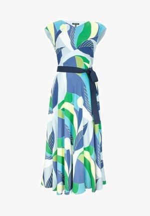 Długa sukienka - multikolor
