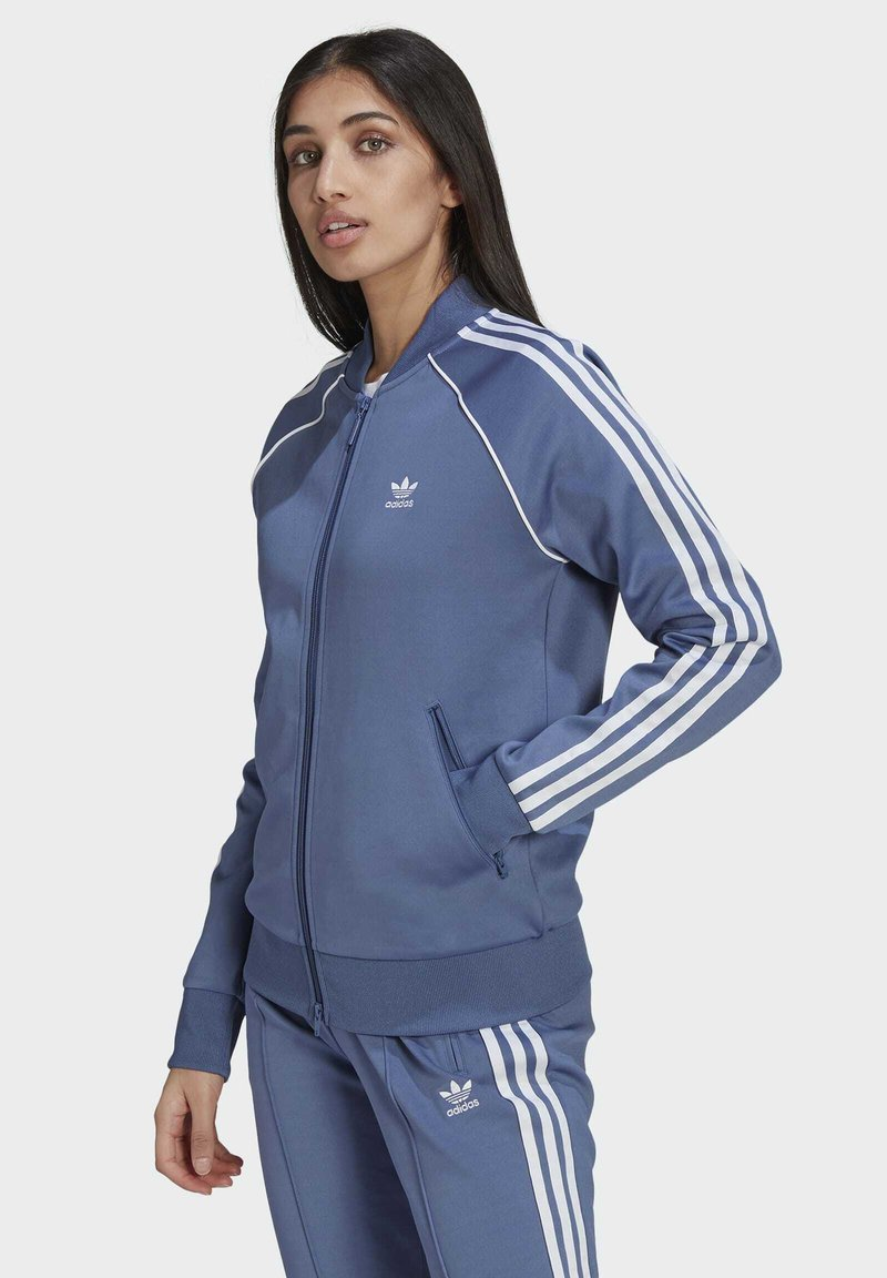 adidas Originals - PRIMEBLUE SST ORIGINALS JACKE - Felpa aperta - blue