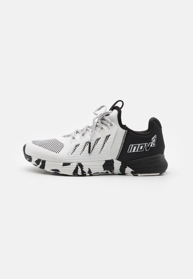 F-LITE G 300 - Chaussures d'entraînement et de fitness - white/black