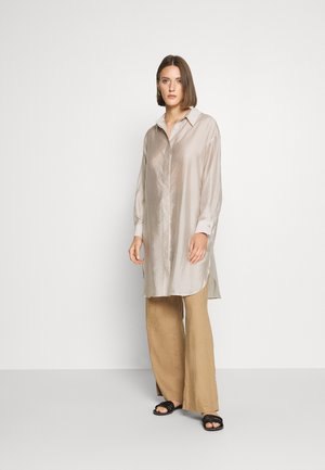PENNI TUNIC - Button-down blouse - rainy day