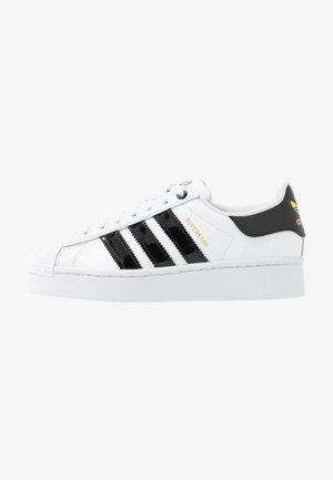 SUPERSTAR BOLD - Sneakers - footwear white/clear black/gold metallic