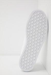 adidas Originals - 3MC - Mocassins - footwear white/core black - 4