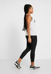 Reebok - WORKOUT READY COMMERCIAL TIGHTS - Leggings - black - 2