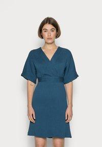 Closet - CLOSET WRAP KIMONO DRESS - Cocktail dress / Party dress - teal - 0