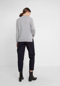 pure cashmere - MOCKNECK  - Jumper - light grey - 2