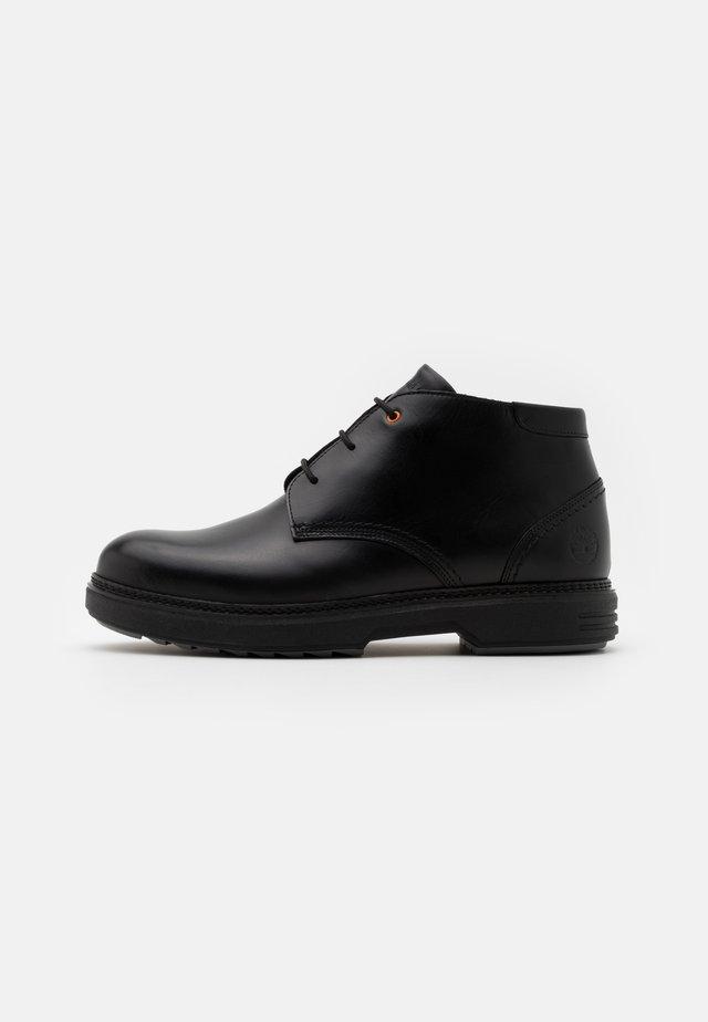 CHUKKA - Šněrovací kotníkové boty - black