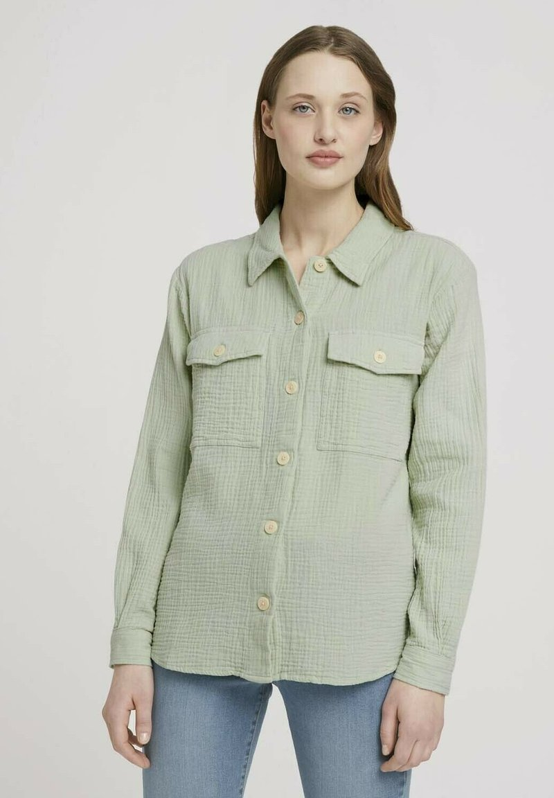 TOM TAILOR DENIM - Button-down blouse - light dusty green