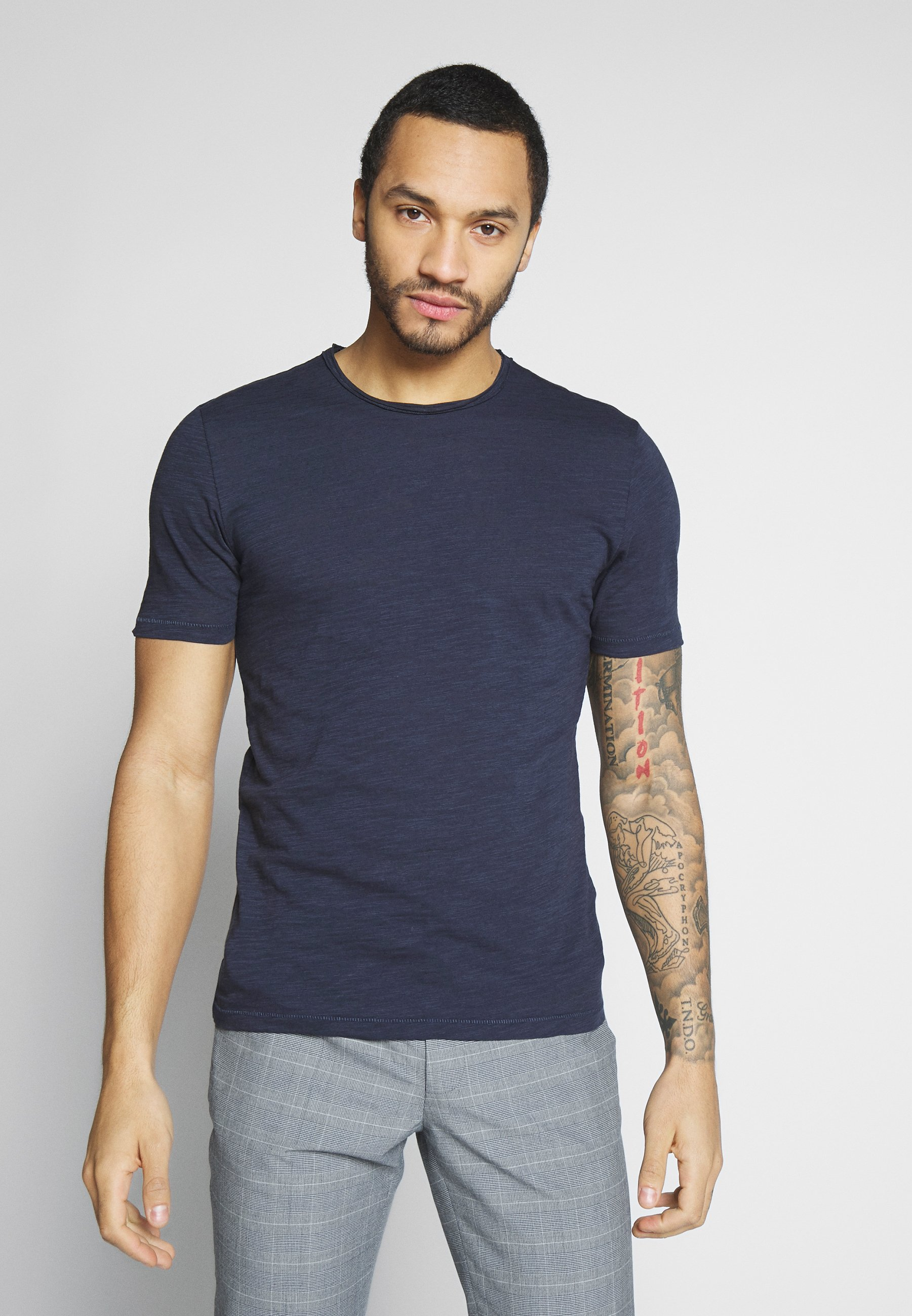 Men ALBERT  - Basic T-shirt