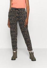 Eivy - BIG BEAR PANTS - Pantalon classique - brown - 0
