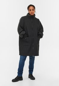 Zizzi - QUILTED TEDDY  WITH POCKETS - Down coat - black comb - 1