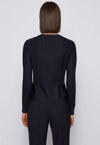 BOSS - FAYAL - Cardigan - patterned - 2