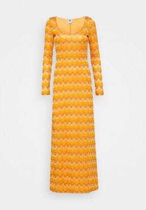 LONG DRESS - Maksimekko - pumpkin