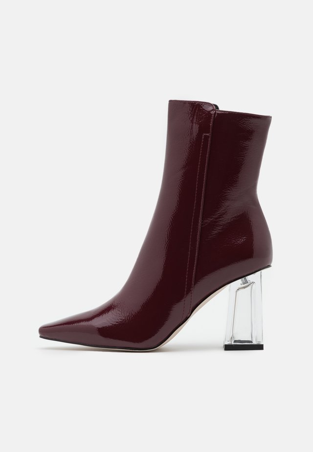 DAISIE - Classic ankle boots - burgundy