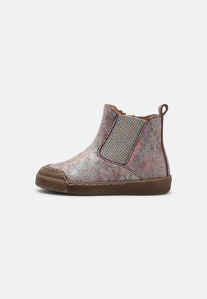 ROSARIO CHELYS - Classic ankle boots - pink shine