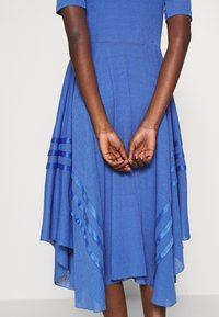 See by Chloé - Robe pull - cosmic blue - 6