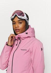 Peak Performance - ANIMA JACKET - Ski jacket - frosty rose - 4