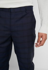 Calvin Klein Tailored - TELA CHECK NATURAL STRETCH - Trousers - blue - 5