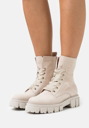 VIDA - Lace-up ankle boots - desert
