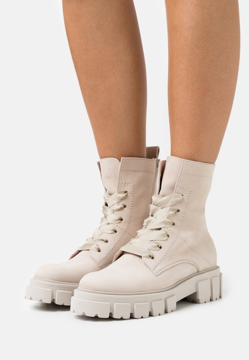 Kennel + Schmenger - VIDA - Lace-up ankle boots - desert