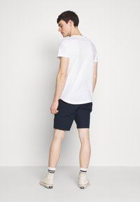 Abercrombie & Fitch - CURVED HEM ICON - Camiseta básica - white - 2