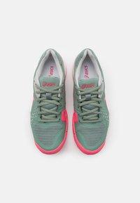 ASICS - GEL-CHALLENGER 12 - Chaussures de tennis toutes surfaces - slate grey/pink cameo - 3