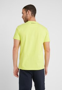 Hackett Aston Martin Racing - AMR WINGS TEE - Print T-shirt - lime - 2