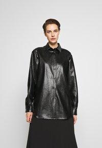 N°21 - Button-down blouse - black - 2