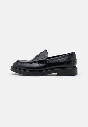 ALEX  - Nazouvací boty - black
