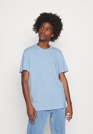 SLHNORMAN O NECK TEE - Basic T-shirt - ballad blue melange
