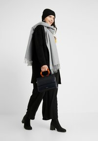 CAPSULE by Simply Be - ELEVATED ESSENTIALS  - Cardigan - black - 1