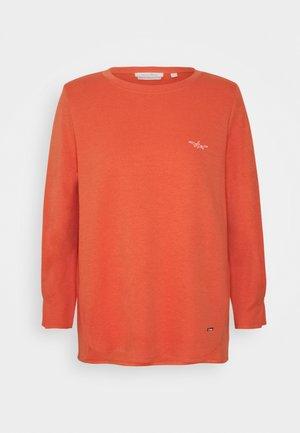 Long sleeved top - sundown coral