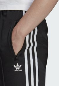 adidas Originals - FIREBIRD TP PB - Pantalon de survêtement - black - 3