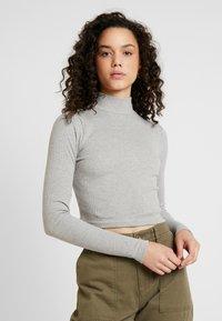 Missguided - HIGH NECK CROP 2 PACK - T-shirt à manches longues - black/grey - 2