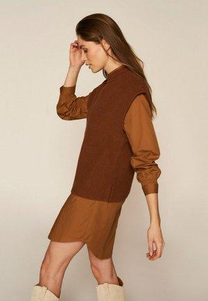 Trui - golden brown