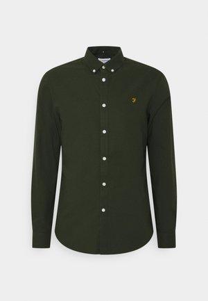 BREWER - Shirt - evergreen