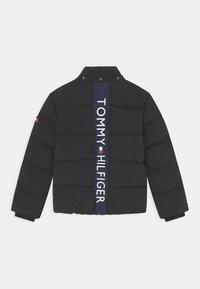 Tommy Hilfiger - ESSENTIAL PADDED - Winter jacket - black - 2