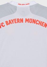 adidas Performance - FC BAYERN MUENCHEN AEROREADY FOOTBALL UNISEX - Club wear - mottled grey - 2