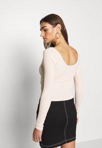 Ivyrevel - SCOOP NECK - Long sleeved top - natural - 2
