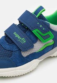 Superfit - STORM - Tenisky - blau/grün - 5