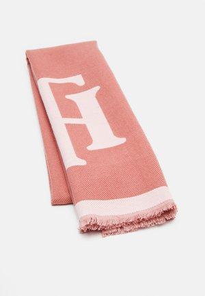 FEMININE BRUSHED SCARF - Scarf - perfect pink