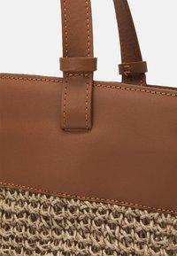 Zign - LEATHER - Shopping bag - cognac - 3
