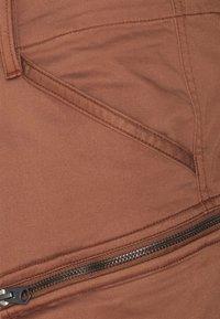 G-Star - ROVIC ZIP 3D STRAIGHT TAPERED - Cargo trousers - medium clay - 2
