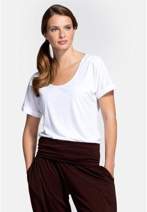 BOYFRIEND - T-shirt z nadrukiem - white